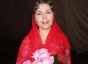 Православная матушка в Волжском исполнит рождественские стихи, песни и колядки
