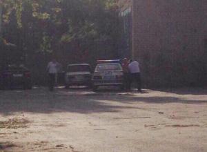 Зрелищная погоня за нарушителем, который протаранил патрульку и иномарку, попала на видео в Волжском