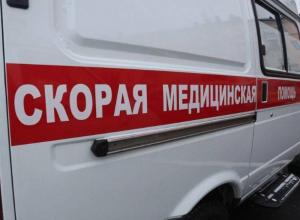 Молодую женщину увезли в больницу Волжского после ДТП