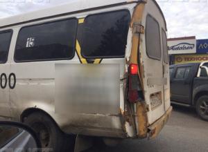 Власти сами добились, что по улице Волжского ездят убогие маршрутки