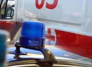 Молодой мужчина упал с мотоцикла на большой скорости, переезжая плотину Волжской ГЭС