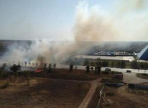 История повторяется: пожар около многоэтажек в черте города напугал волжан