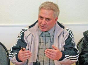 Известный писатель и журналист Александр Рогозин скончался в Волжском