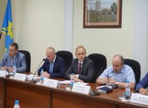 Главные силовики региона устроили совещание по безопасности на ФИФА в Волжском и без губернатора