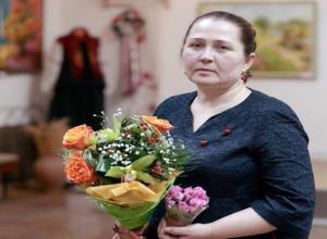 Живописные пейзажи и подлинные предметы быта казаков представили на выставке «Родное» в Волжском