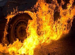Машина и гараж волжанина сгорели из-за проблем с электропроводкой