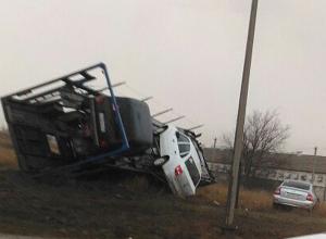 Волжанин снял на видео жуткое ДТП с участием автовоза и иномарки: есть погибшие