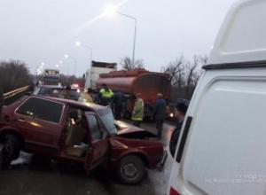 Молодой гонщик въехал во встречную машину под Волжским