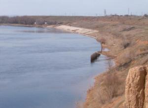 Берег реки Ахтубы в районе Металлурга привели в безопасное состояние