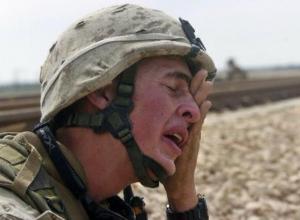 Пьяный военнослужащий разбил нос автоинспектору в Волжском