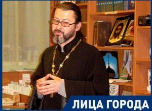 Волжане стали реже появляться на службу в церквях в алкогольном опьянении, - протоиерей Константин Момотов