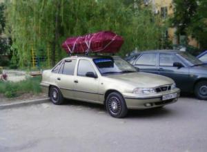 Daewoo с надписью «груз 200» и закрытым гробом пугает волжан