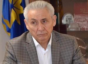 Титул «Почетный гражданин города Волжского» в этом году решили отдать самому богатому депутату гордумы Владимиру Глухову