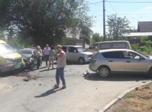 Волжанин пострадал в массовом ДТП с участием маршрутки