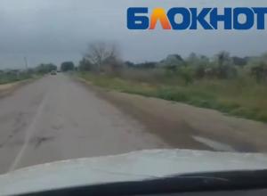 Новую технологию ремонта дорог изобрели в Волжском: дорожная разметка поверх ям