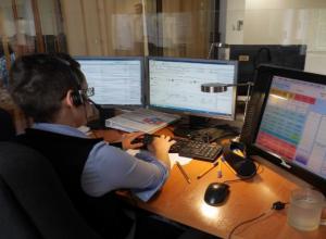 Около 120 звонков от волжан поступило в новогоднюю ночь в службу вызова экстренной помощи