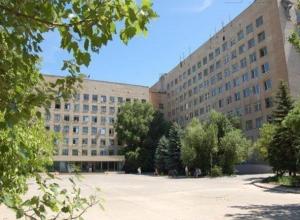 Солнечный и ветреный День медика спрогнозировали в Волжском