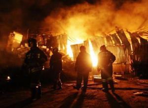 Новогодний праздник закончился пожаром под Волжским