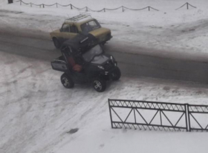 На дорогах Волжского увидели новое чудо техники