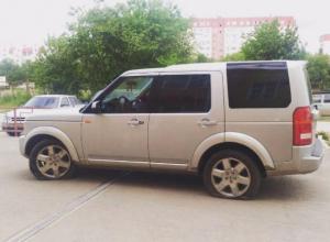 Наглого водителя наказали за парковку на пешеходной дорожке в Волжском