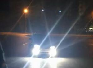 Ночные дрифтуны продемонстрировали свои умения на улицах Волжского