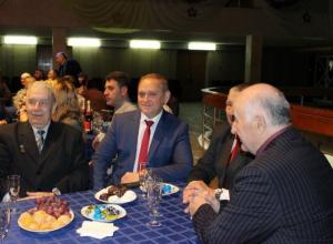 Мэр Волжского поблагодарил неравнодушных граждан за совместную работу
