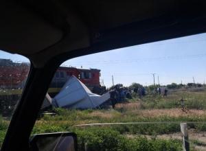 Тепловоз снес грузовик: страшные последствия ДТП под Волжским