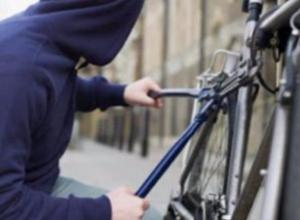Сезон велокраж открылся: семья из Волжского лишилась сразу двух велосипедов