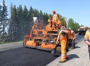 Девять улиц и мост через ГЭС отремонтировали в мае в Волжском