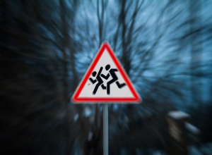 Волжанам вновь напомнили о необходимости соблюдения правил дорожного движения