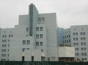 Федеральный центр почки в Волжском решили достроить в 2018 году