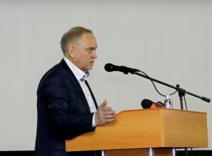 Мэр Волжского Игорь Воронин отчитался о проделанной работе за 2017 год