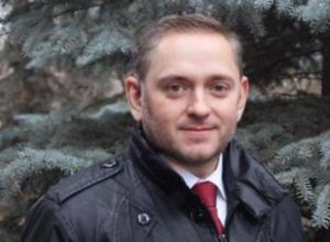 Популярное приложение показало, как выглядели бы политики Волжского в образе секс-символа и женском обличье