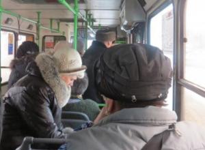 Водитель автобуса «уронил» пассажира в центре Волжского