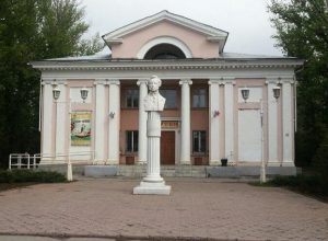 Волжане прочитают Пушкина у памятника поэту