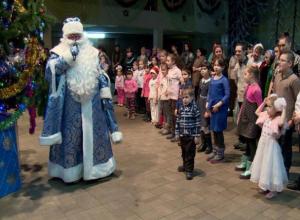 Более 200 юных волжан посетили ежегодное рождественское мероприятие