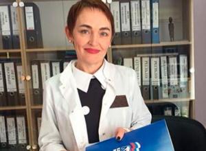 В Волжской городской больнице №3 поздравили 50 медработников