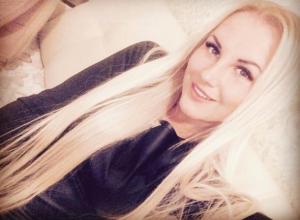 Всему свое время, - эффектная блондинка Наталья Лукашина, участница конкурса «Мисс Блокнот Волжского-2017»