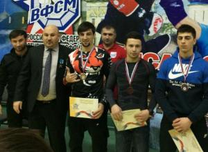 Волжанин забрал главную медаль во всероссийском гран-при по спортивному миксфайту