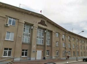 Демографию в Волжском будут улучшать чиновники, священники и полицейские