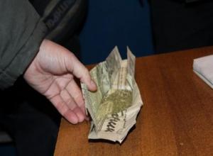 Полицейские поймали волжанина со свертком марихуаны