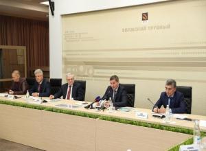 Губернатор Андрей Бочаров дал задание разработать программу развития Волжского