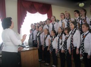 Первой музыкальной школе, которую открыли для первостроителей Волжского, стукнуло 60 лет
