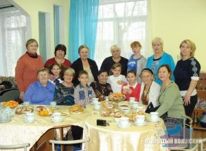 «Бабушки на час» решили провести Масленицу в Волжском детдоме