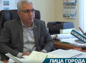 Дороги в этом году ремонтировали и за счет бюджета Волжского, и на федеральные деньги, - Газанфар Гулуев