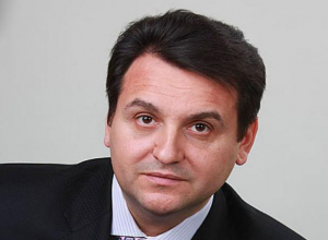 Печально, но факт: в Волжском объявили в розыск бывшего депутата Олега Михеева