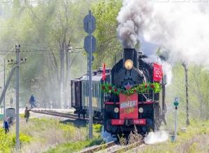 Ретро-поезд «Воинский эшелон» направился в Волжский