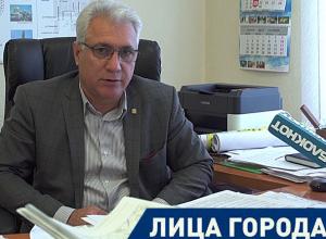 Строители в 28 микрорайоне Волжского не будут ездить по новой дороге, - Газанфар Гулуев