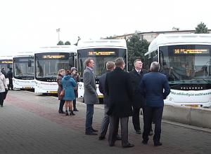 Самая крупная партия новых автобусов в истории Волжского выехала на маршруты