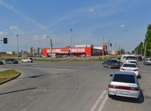 На опасном перекрестке в Волжском поменяли приоритеты дорог